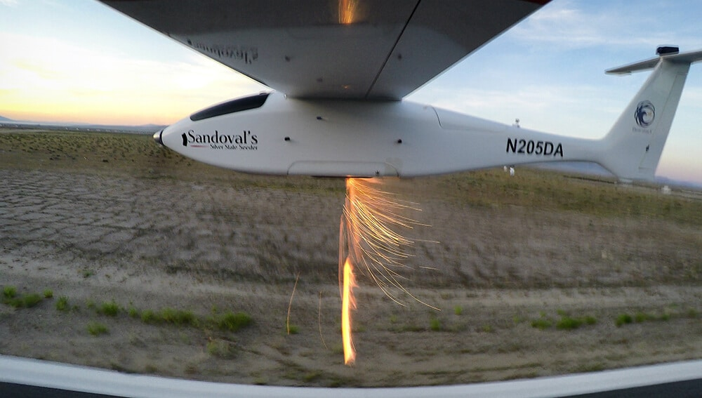 Savant sUAS ejecting flares